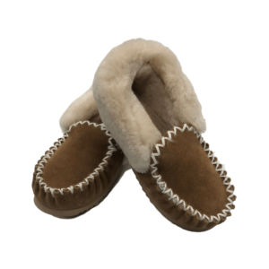 Traditional style moccasins chestnut colour